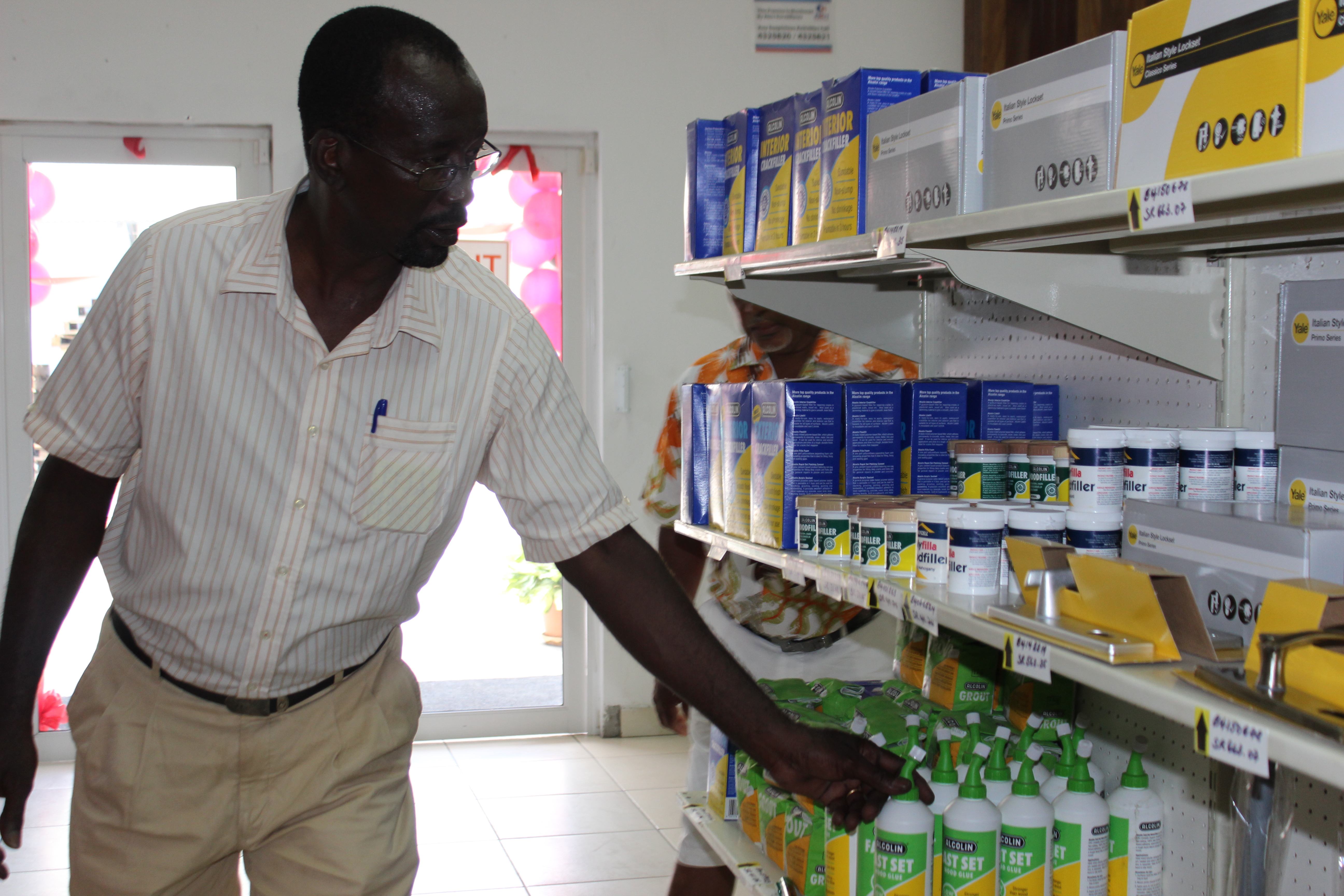 One of the Contractors viewing the items at teh retail store